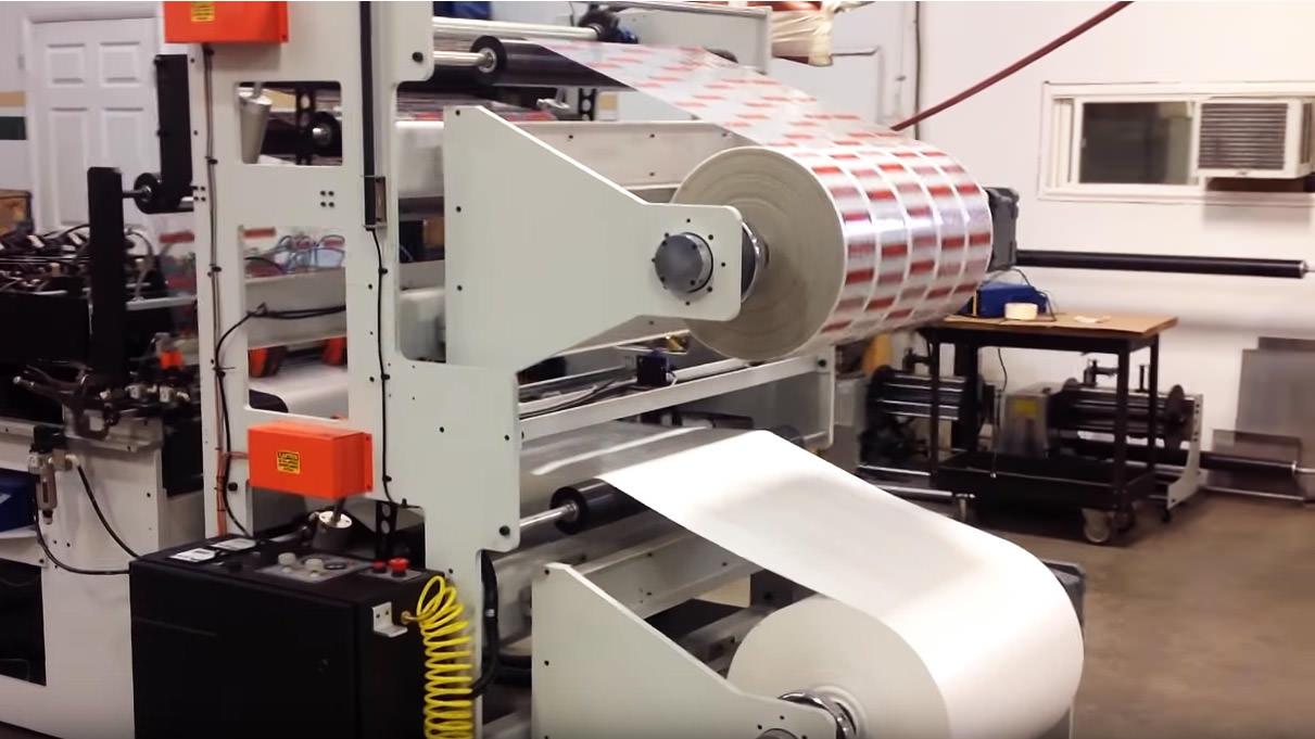 Modern Mfg flexible liquid pouching machines